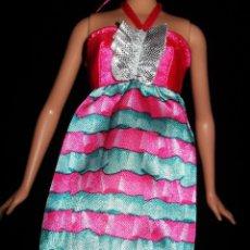 Barbie y Ken: VESTIDO ORIGINAL MUÑECA BARBIE FASHIONISTA MATTEL 2009. Lote 155522486