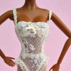 Barbie y Ken: ROPA BARBIE BODY CON MEDIAS. Lote 155873898