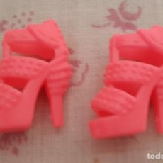 Barbie y Ken: == ZP15 - ZAPATITOS PARA LA BARBIE. Lote 156072246