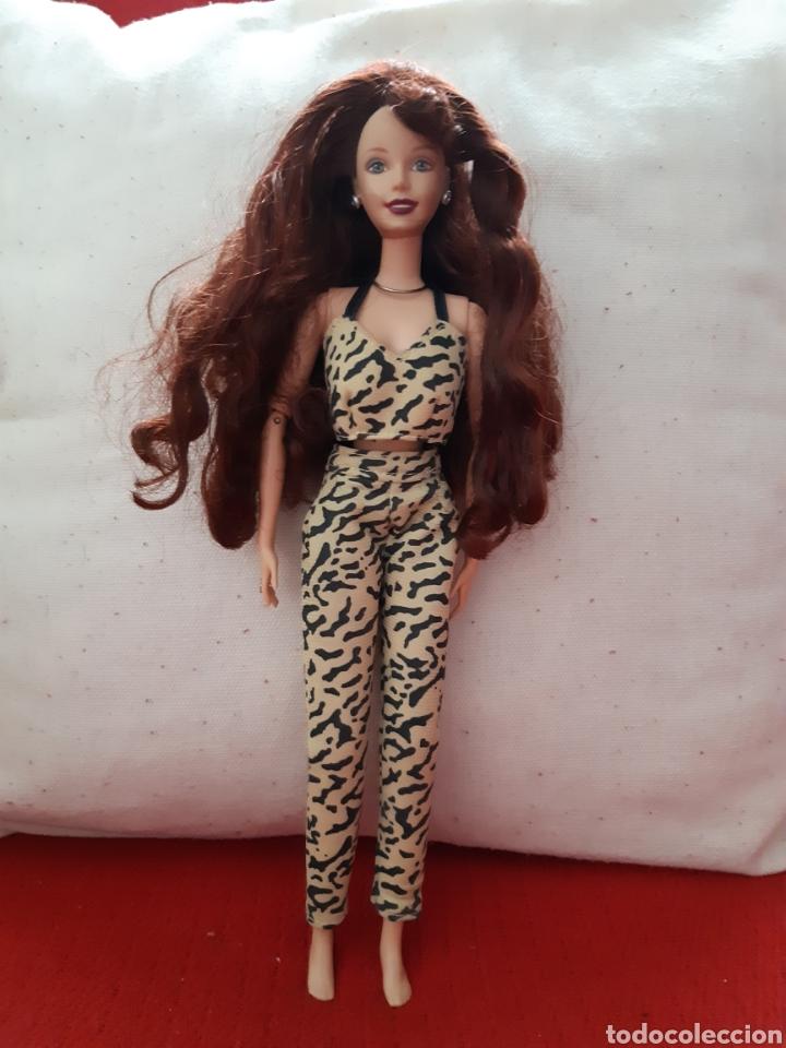 MUÑECA BARBIE (Juguetes - Muñeca Extranjera Moderna - Barbie y Ken - Vestidos y Accesorios)