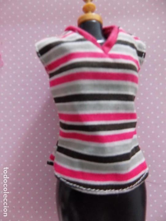 CAMISETA BARBIE (Juguetes - Muñeca Extranjera Moderna - Barbie y Ken - Vestidos y Accesorios)