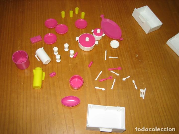Barbie y Ken: Antiguo mueble aparador de muñeca Barbie años 70 o 80 - Foto 9 - 163482434