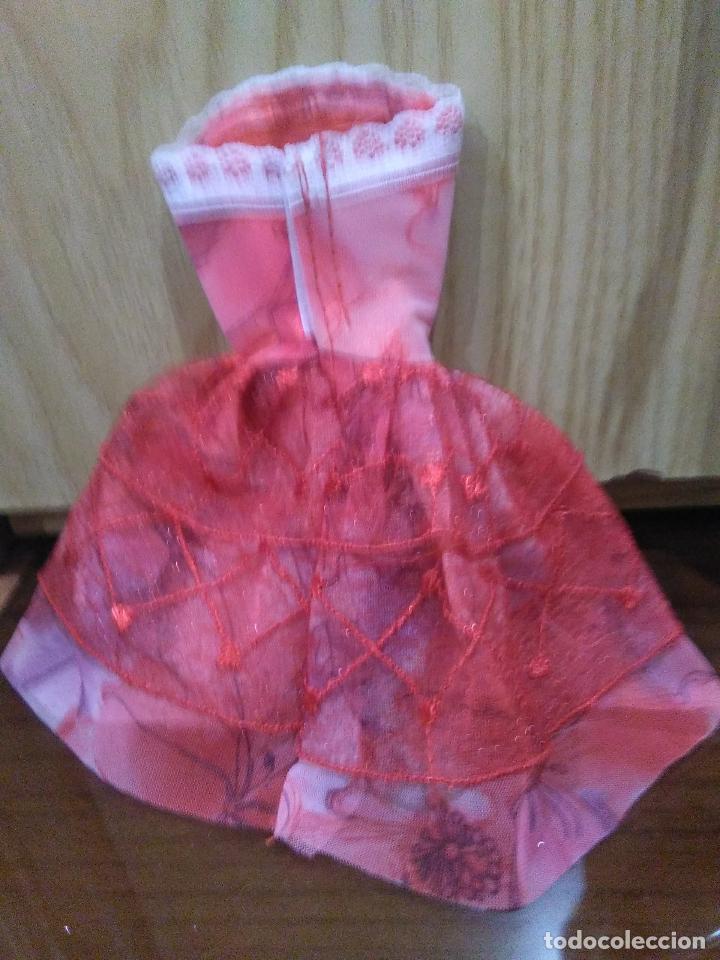 Barbie y Ken: Precioso vestido para Barbie, y muñeca similar + REGALITO ;-) - Foto 2 - 164559190