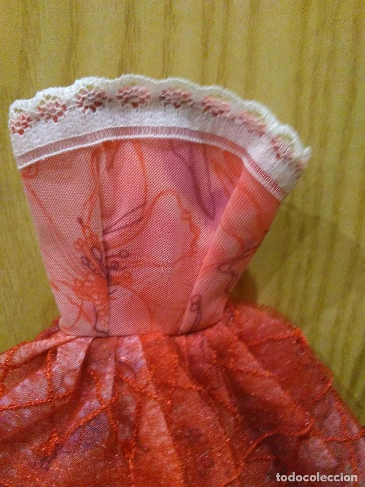 Barbie y Ken: Precioso vestido para Barbie, y muñeca similar + REGALITO ;-) - Foto 5 - 164559190