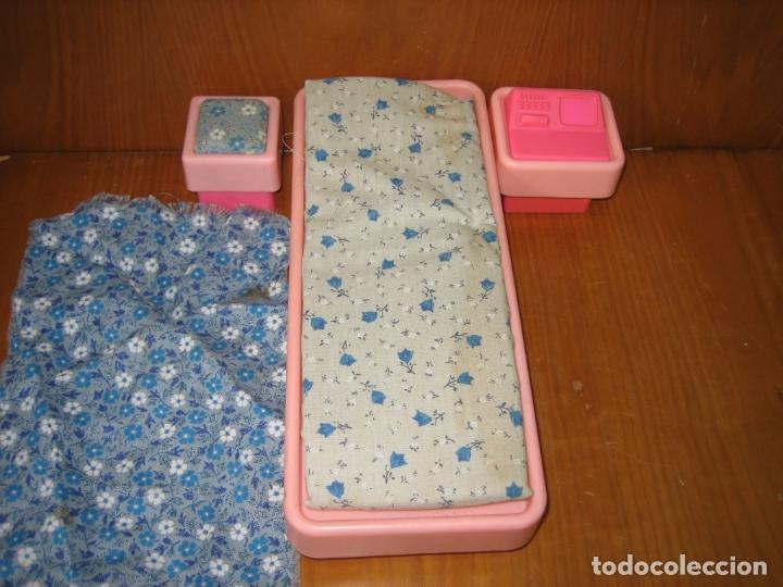 Barbie y Ken: Antigua cama para muñeca Barbie - Foto 2 - 167671892