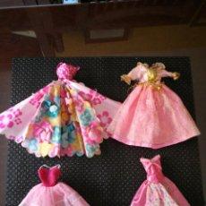 Barbie y Ken: CUATRO VESTIDOS BARBIE PRINCESA. DOS PARA RESTAURAR. Lote 171005829