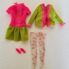 Barbie y Ken: VESTIDO PARA BARBIE-VINTAGE MATTEL ORIGINAL 1960 - DE PUNTO Y ENCAJE - CHAQUETA MEDIAS ZAPATOS. Lote 171708065