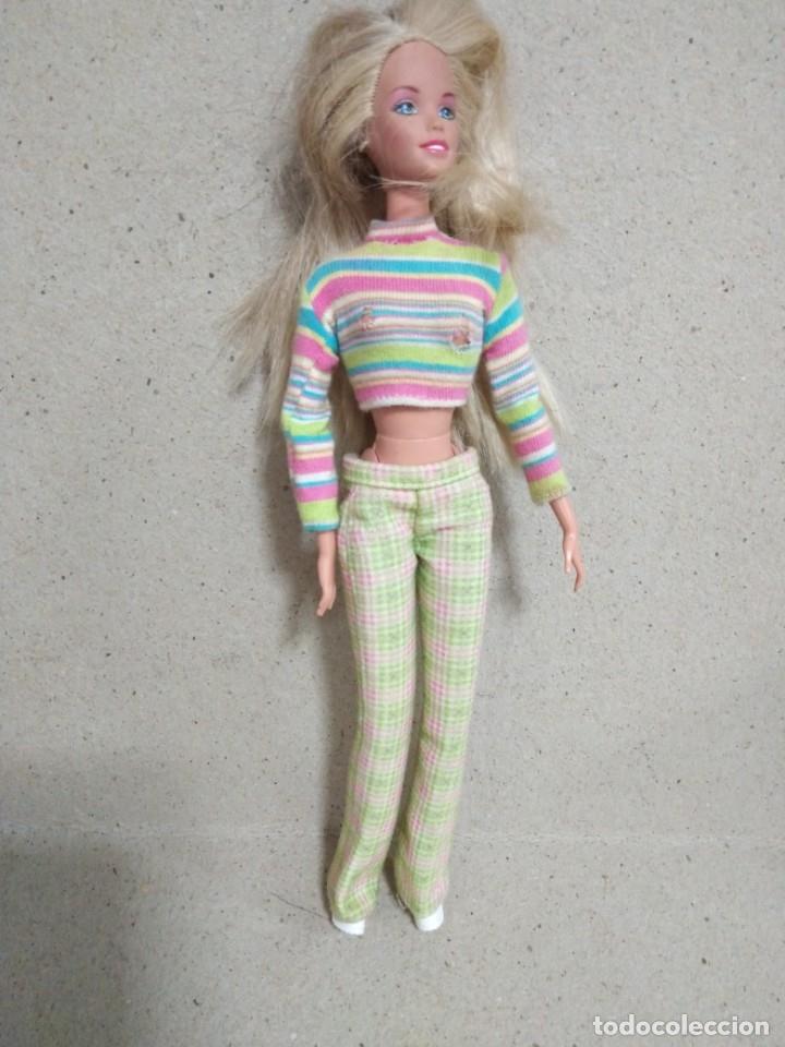 Barbie y Ken: Lote Barbie y ropas antiguas - Foto 9 - 172328402