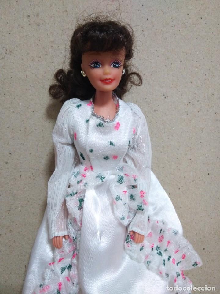 Barbie y Ken: Lote Barbie y ropas antiguas - Foto 15 - 172328402