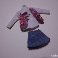 Barbie y Ken: CAMISA Y FALDA DEL OUTFIT ORIGINAL BARBIE PHONE FUN SKIPPER - MATTEL, 1996. Lote 172590684