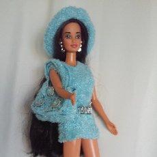 Barbie y Ken: PRECIOSO Y ELEGANTE CONJUNTO DE VESTIDO, SOMBRERO, BOLSO Y ZAPATOS PARA MUÑECA BARBIE O SIMILAR. Lote 173514588
