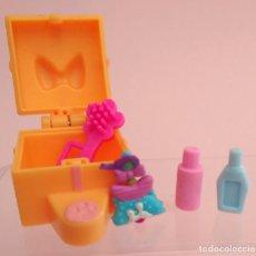 Barbie y Ken: BARBIE CAJA CON ACCESORIOS. Lote 173608323