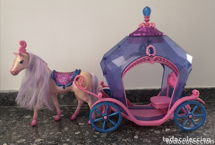 CARROZA CON CABALLO BARBIE (Juguetes - Muñeca Extranjera Moderna - Barbie y Ken - Vestidos y Accesorios)