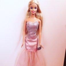 Barbie y Ken: CONJUNTO ROPA BARBIE. Lote 175456345