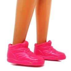 Barbie y Ken: ZAPATOS ROSAS DE BARBIE WORKIN' OUT. Lote 176091789