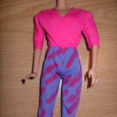 Barbie y Ken: ROPA MONO BARBIE MUÑECA BARBIE. Lote 177082669