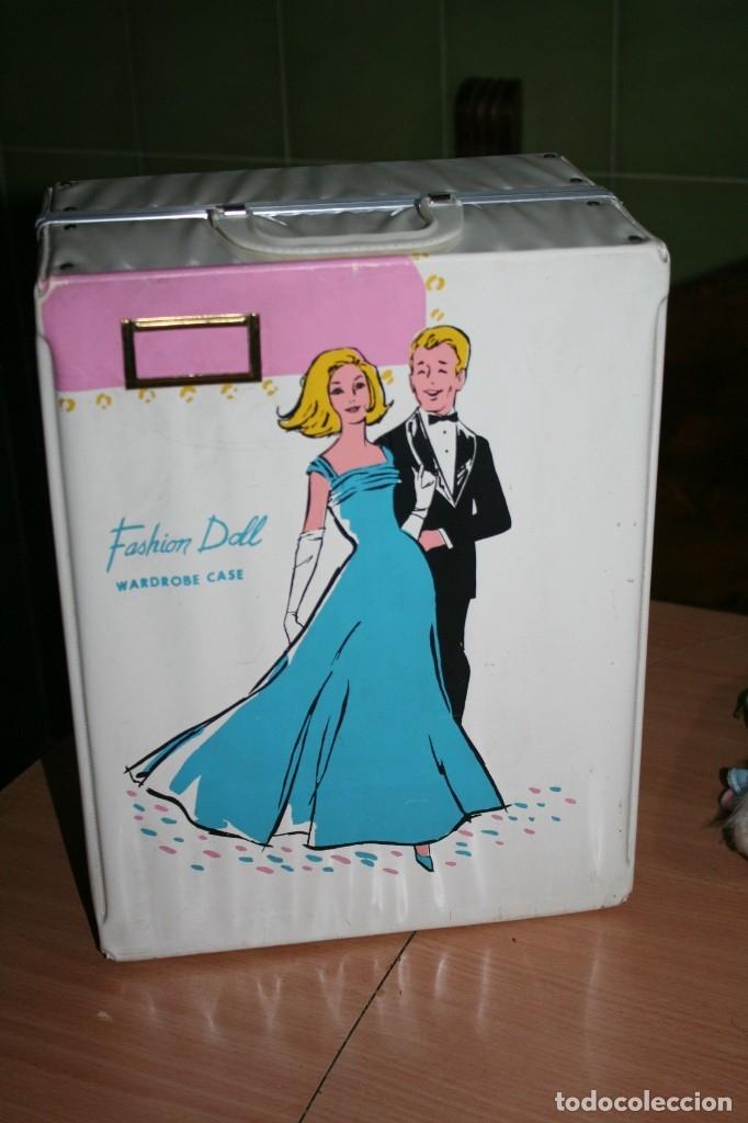 Barbie y Ken: antiguo maletin muñeca tipo barbie fashion doll wardrobe case - Foto 3 - 179094670