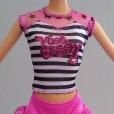 Barbie y Ken: BARBIE CONJUNTO DOS PIEZAS . Lote 179209126