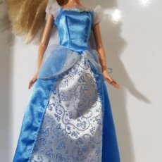 Barbie y Ken: VESTIDO PRINCESA BARBIE. Lote 186331543