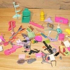 Barbie y Ken: LOTE DE ACCESORIOS VARIADOS DE MUÑECA BARBIE O SIMILAR - MATTEL. Lote 187472957