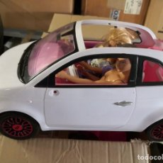 Barbie y Ken: LOTE E PIEZAS JUGUETES DE COCHE FIAT 500 BARBIE + 2 MUÑECOS . Lote 194752041