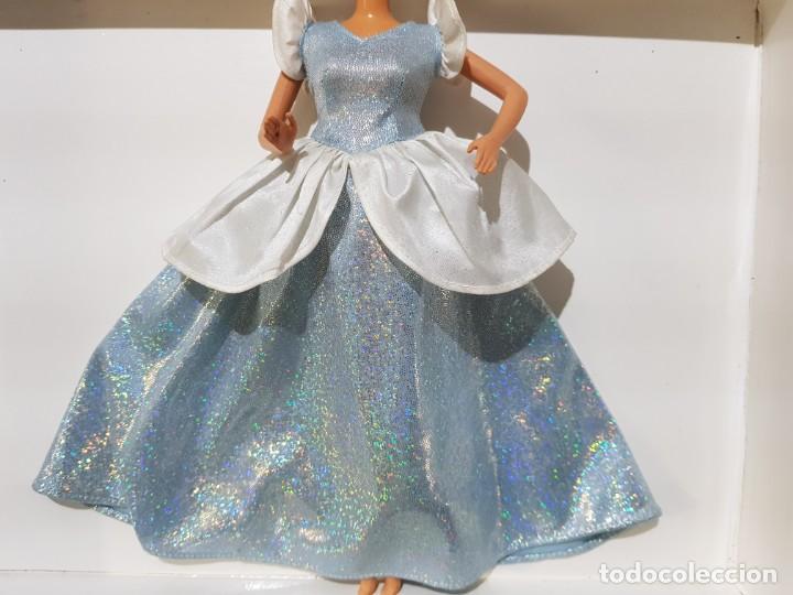VESTIDO DISNEY CENICIENTA (Juguetes - Muñeca Extranjera Moderna - Barbie y Ken - Vestidos y Accesorios)