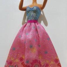 Barbie y Ken: VESTIDO BARBIE . Lote 194967918