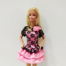 Barbie y Ken: VESTIDO BARBIE. Lote 195315093