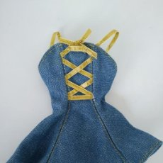 Barbie y Ken: VESTIDO BARBIE ??. Lote 195437220