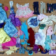 Barbie y Ken: LOTE ROPA VESTIDOS ACCESORIOS COMPLEMENTOS MUÑECA BARBIE PRINCESAS DISNEY Y SIMILARES. Lote 195503255