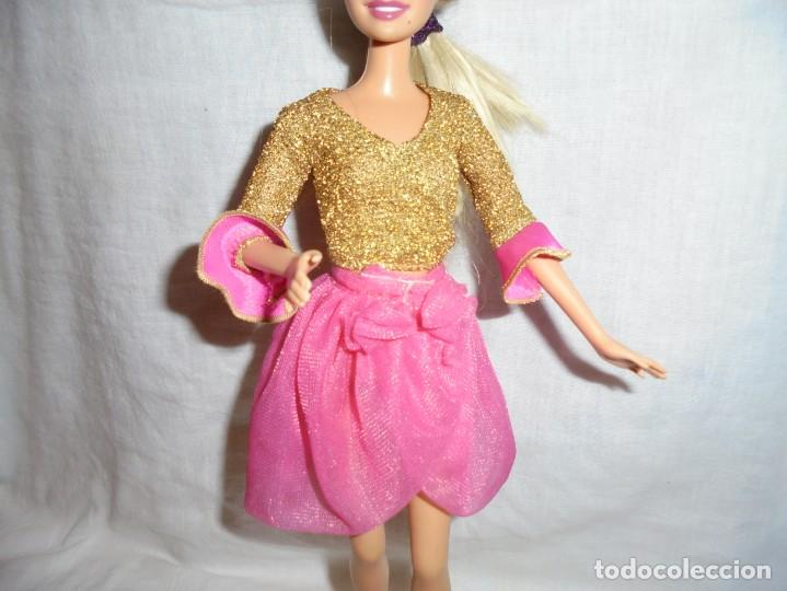 BARBIE CONJUNTO MUÑECA NO INCLUIDA (Juguetes - Muñeca Extranjera Moderna - Barbie y Ken - Vestidos y Accesorios)