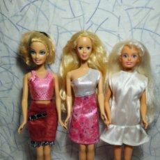 Barbie y Ken: LOTAZO!!! DE ROPA BARBIE CON TRES BARBIES. Lote 197912963