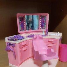 Barbie y Ken: PELUQUERIA BARBIE DE LOS 80. Lote 198140558