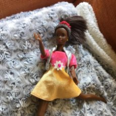 Barbie y Ken: ANTIGUA MUÑECA BARBIE MATTEL 1990. Lote 199628938