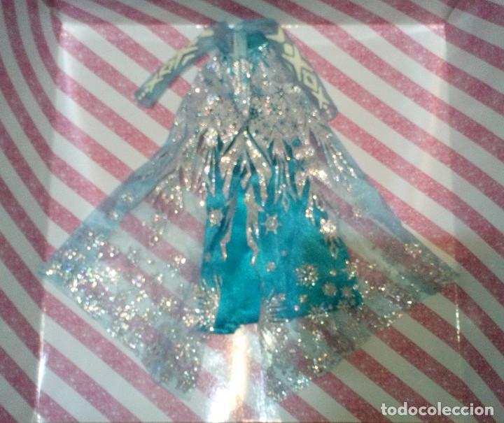 Barbie y Ken: PRECIOSO VESTIDO DE LA PRINCESA ELSA DE FROZEN - DISNEY STORE - Foto 2 - 204230600