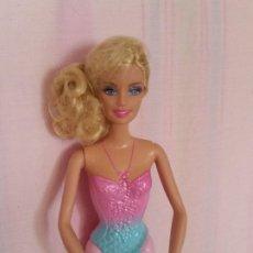 Barbie y Ken: PRECIOSA A BARBIE BAILANDO SELADA NA CABEZA C.MATTEL 1998, CUERPO,2012,1186M.J.1NL INDONESIA MATTEL. Lote 205562162