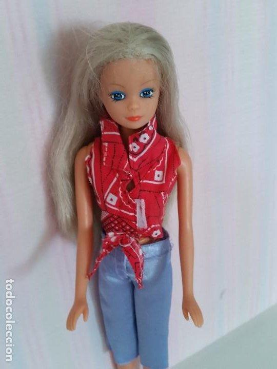 BARBIE,SIMBA,TOYS STFFI LOVE .SIMBA,MADE IN CHINA. (Juguetes - Muñeca Extranjera Moderna - Barbie y Ken - Vestidos y Accesorios)