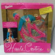 Barbie y Ken: BARBIE HAUTE COUTURE. VESTIDO NUEVO EN CAJA. MATTEL. REF 3854. 1992. CONJUNTO ALTA COSTURA. COLGANTE. Lote 205825070