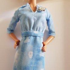 Barbie y Ken: VESTIDO BARBIE. Lote 206127575