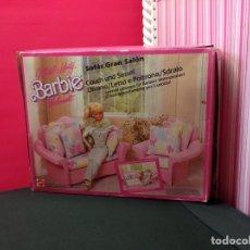 Barbie y Ken: SOFÁS GRAN SALÓN BARBIE. Lote 207497278