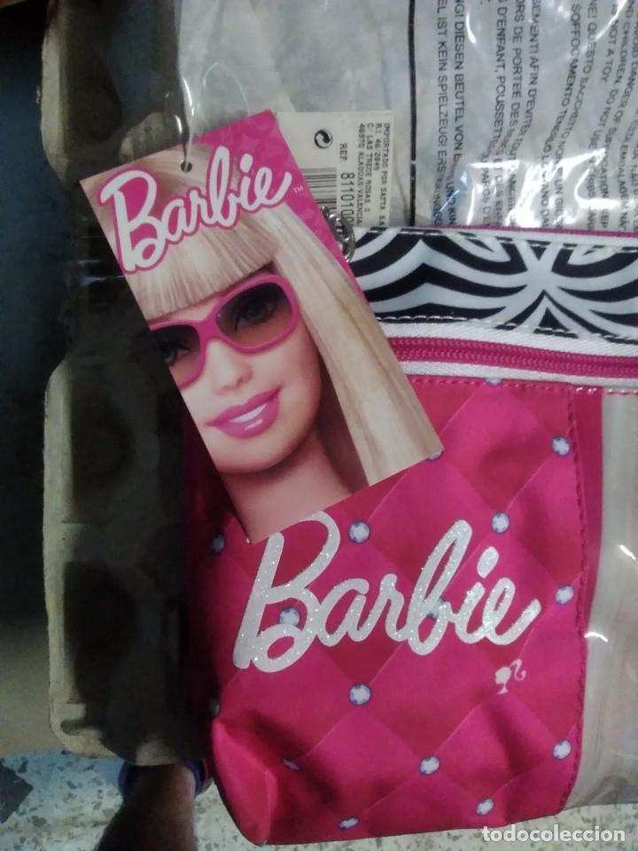 Barbie y Ken: Cartera neceser Barbie 23 x17 - Foto 2 - 210038818