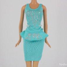 Barbie et Ken: CONJUNTO FALDA Y CAMISETA AZUL ORIGINAL BARBIE. Lote 211442690