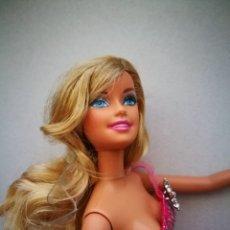 Barbie y Ken: BARBIE RUBIA MUÑECA MATTEL 2009. Lote 211576120
