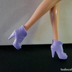 Barbie y Ken: ZAPATOS BARBIE. Lote 269720343