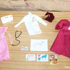 Barbie y Ken: BARBIE CONGOST - COMPLEMENTOS DE MODA - EQUIPO DE VETERINARIA - MATTEL SPAIN - 1986. Lote 215071100