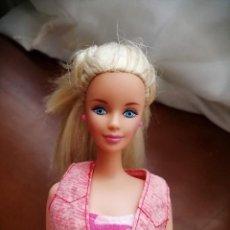 Barbie y Ken: BARBIE DE MATTEL. Lote 216574198