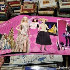 Barbie y Ken: BARBIE , ICONO DE MODA . CELEBRANDO 50 AÑOS CON BARBIE. JENNIE D'AMATO. 1ª EDICIÓN 2009. Lote 216769205