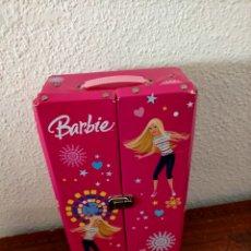 Barbie y Ken: ARMARIO BARBIE ANTIGUO. Lote 217665158