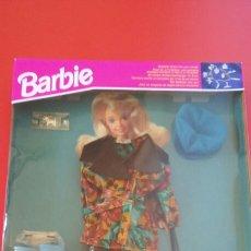 Barbie e Ken: CONJUNTO LLUVIA PRÊT-À-PORTER BARBIE 1993.SIN ABRIR.. Lote 220102488
