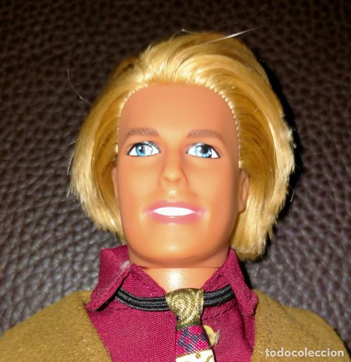 KEN BARBA MÁGICA (Juguetes - Muñeca Extranjera Moderna - Barbie y Ken - Vestidos y Accesorios)
